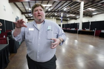Where are the workers? Cutoff of jobless aid in U.S. spurs no influx